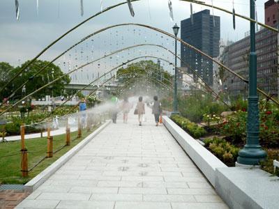 水都大阪2009 入口のドライミスト